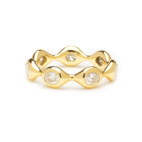 diamond shape eternity - oval