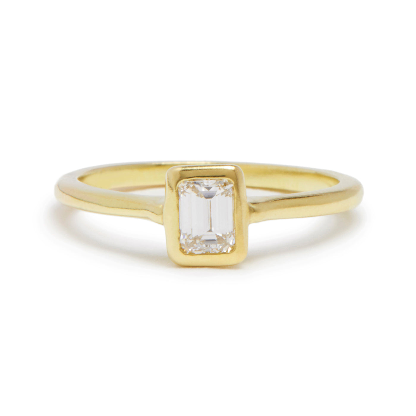 emerald cut diamond cathedral ring