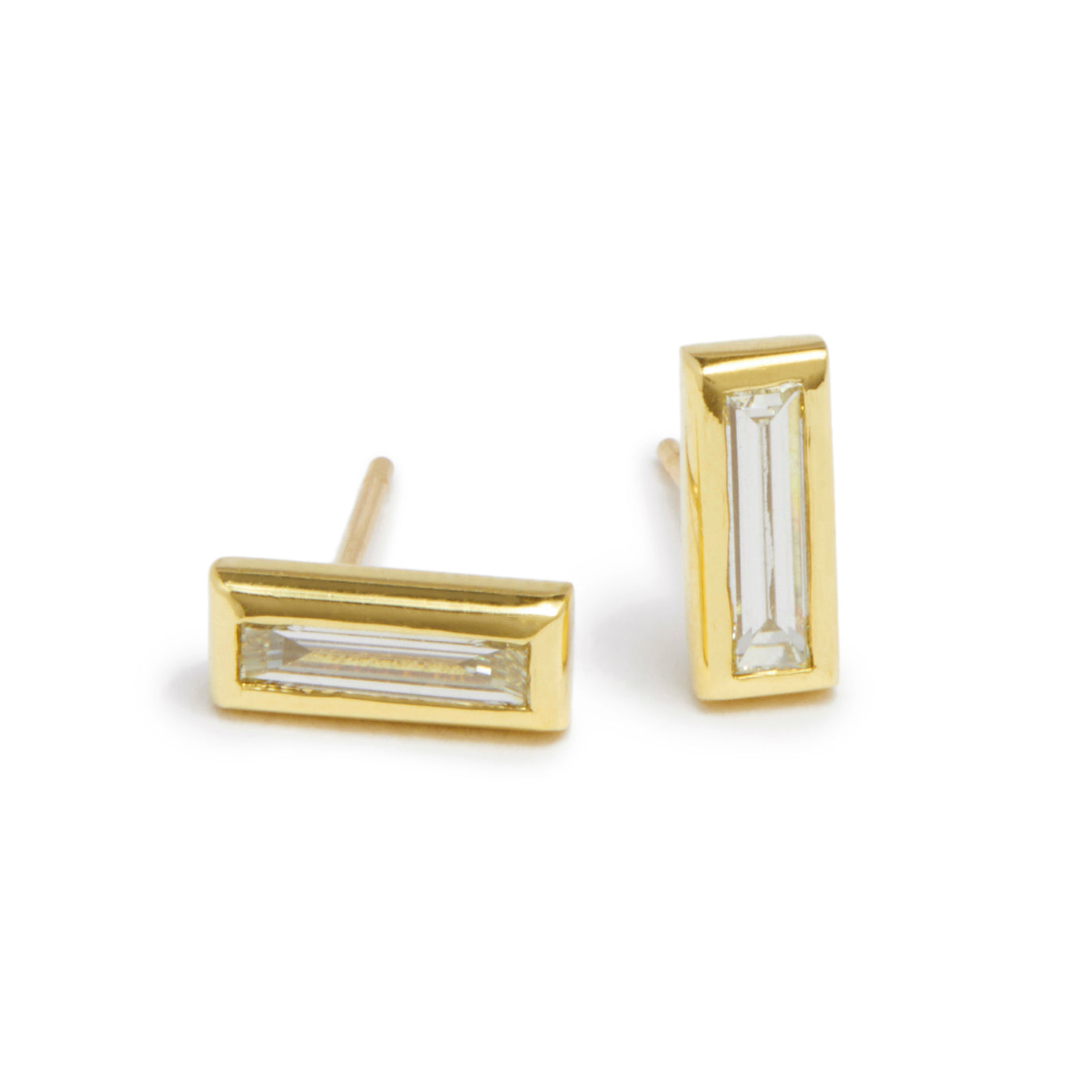 long baguette diamond essential studs
