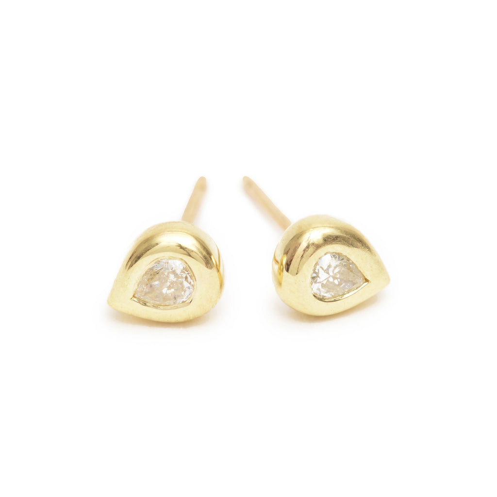 champagne pear essential studs