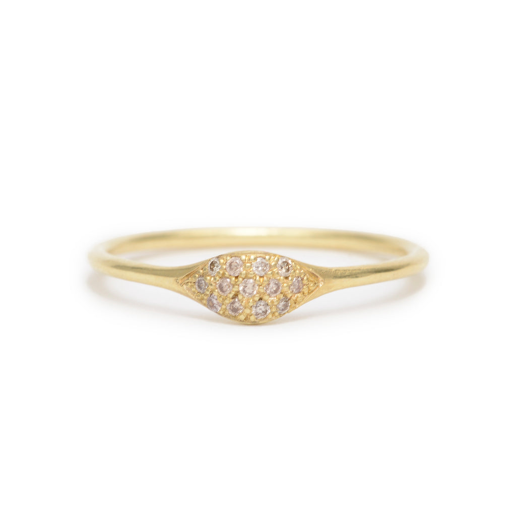pave wave ring