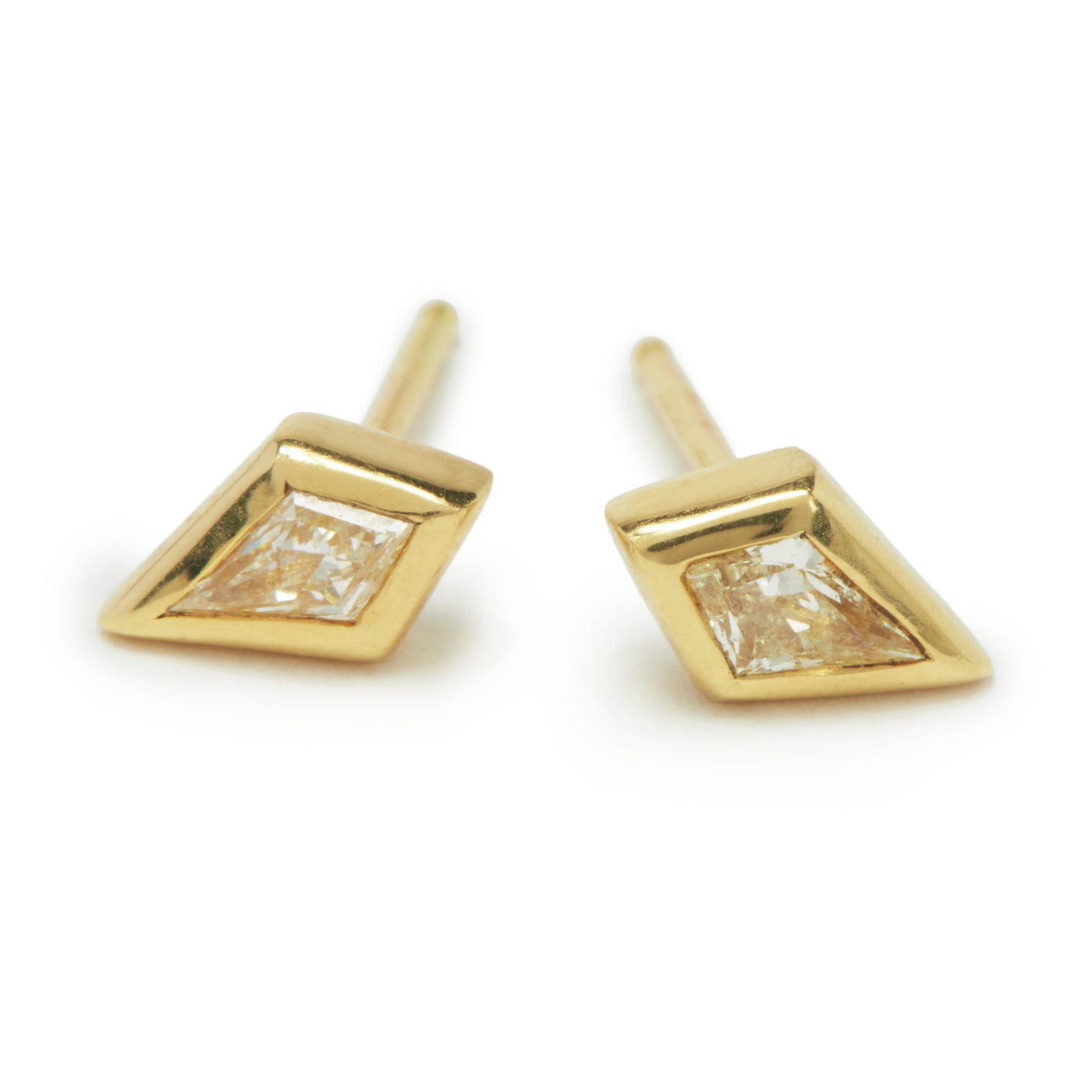 champagne kite essential studs