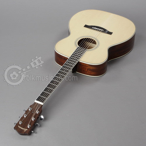 Eastman Acoustic Guitar OM Acoustic