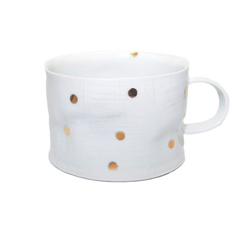 Porcelain mug with gold dots