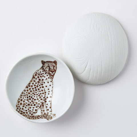 Woodgrain Dish Cheetah