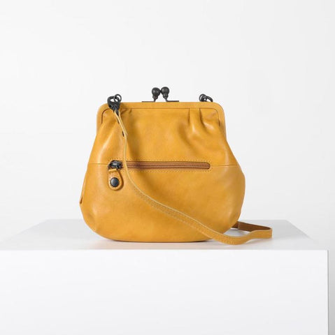 Mrs. Fortune Cookie Crossbody Clasp Curry Powder