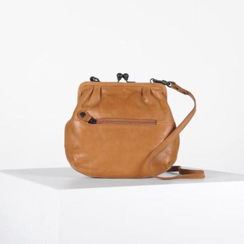 Mrs. Fortune Cookie Crossbody Clasp Caramel