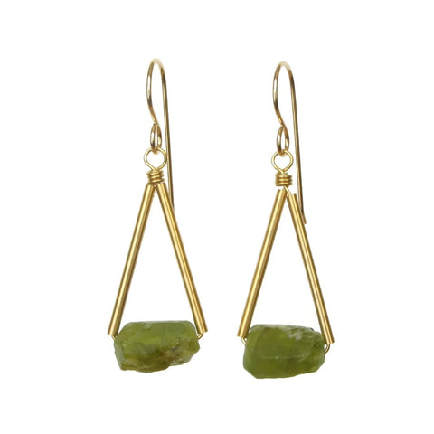 Pavi Gold Earrings Peridot