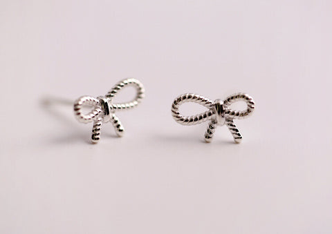 925 Sterling Silver bowtie earrings,cute bow earrings