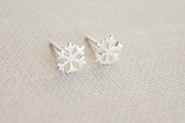 4b0a1c785 Tiny snowflake earrings,925 Sterling Silver snowflake earring studs ...