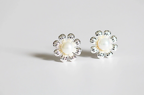 925 sterling silver  pearl flower earrings