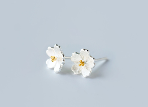 Fashion flowers 925 Sterling Silver earrings , a perfect gift