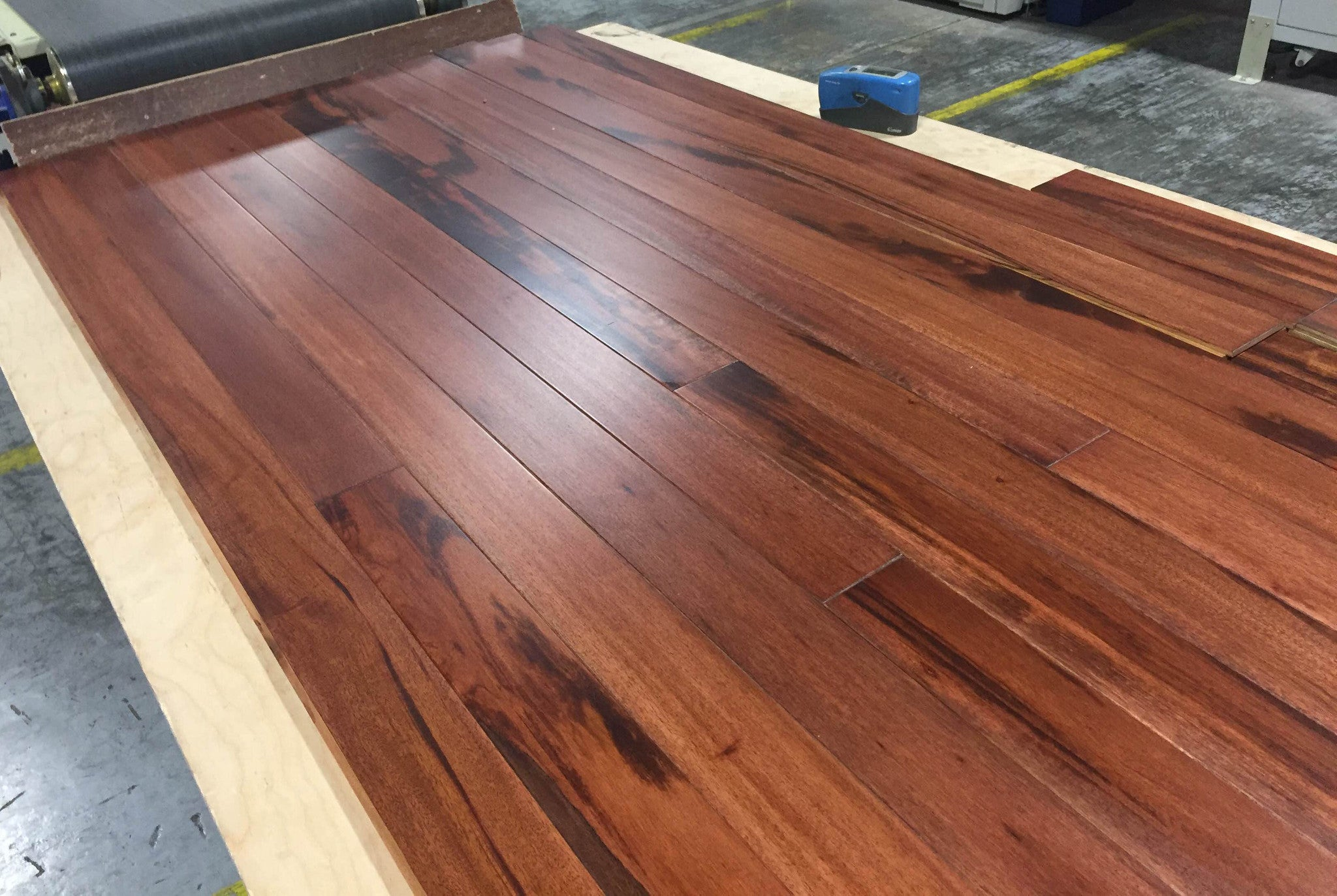 Brazilian tigerwood flooring gurus floor for Tigerwood hardwood flooring