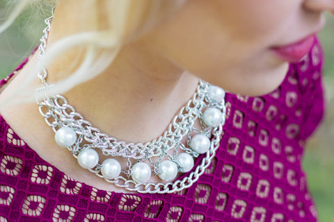 Statement necklace made of pearls and silver