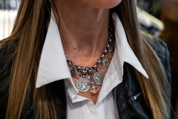 How to style a statement necklace   Olecia Necklace   Carolily Finery