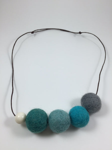 Handmade Feltball Necklace by Oli and Belle S10 - Toyabella.com