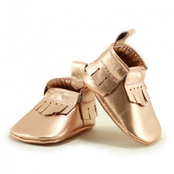 Newborn Mally Mocs / Metallic Rose Gold - Toyabella.com