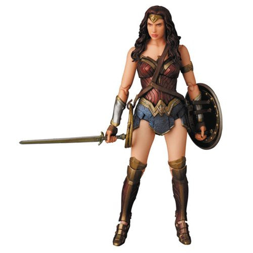 Batman V Superman: Dawn of Justice Wonder Woman MAFEX Action Figure