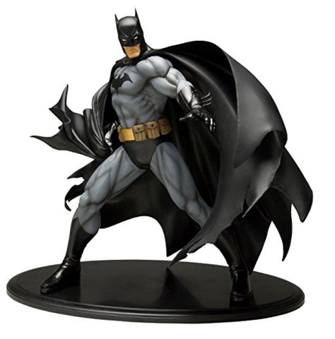 Kotobukiya Batman ArtFX Statue (Black Costume Version) DC