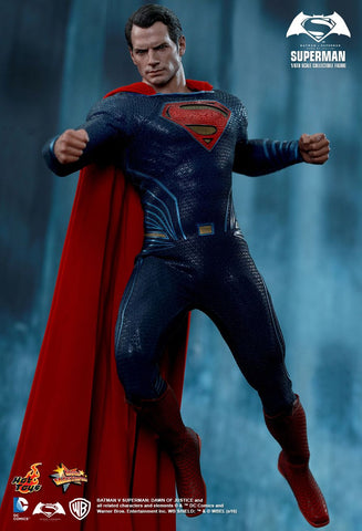 Hot Toys Batman Vs Super : Superman