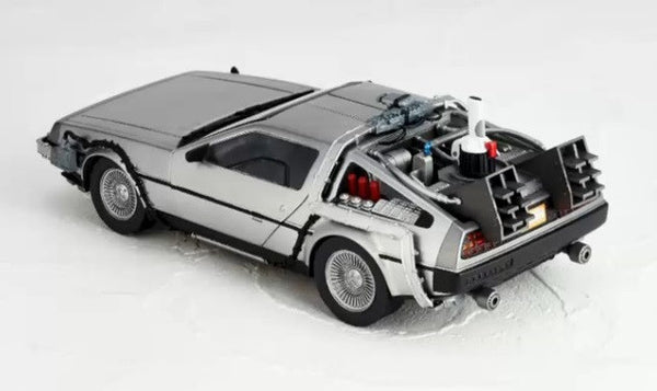 BANDAI S.H. Figuarts BACK TO THE FUTURE DELOREAN