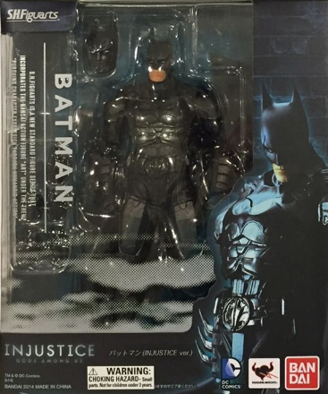 SH FIGUARTS DC INJUSTICE BATMAN