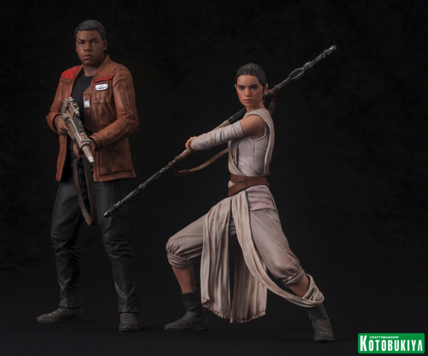 Star Wars: The Force Awakens Rey and Finn ARTFX+ Statue 2-Pack