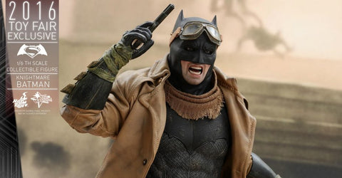 2016 Con Exclusive – Batman v Superman Knightmare Batman 1/6 Figure by Hot Toys