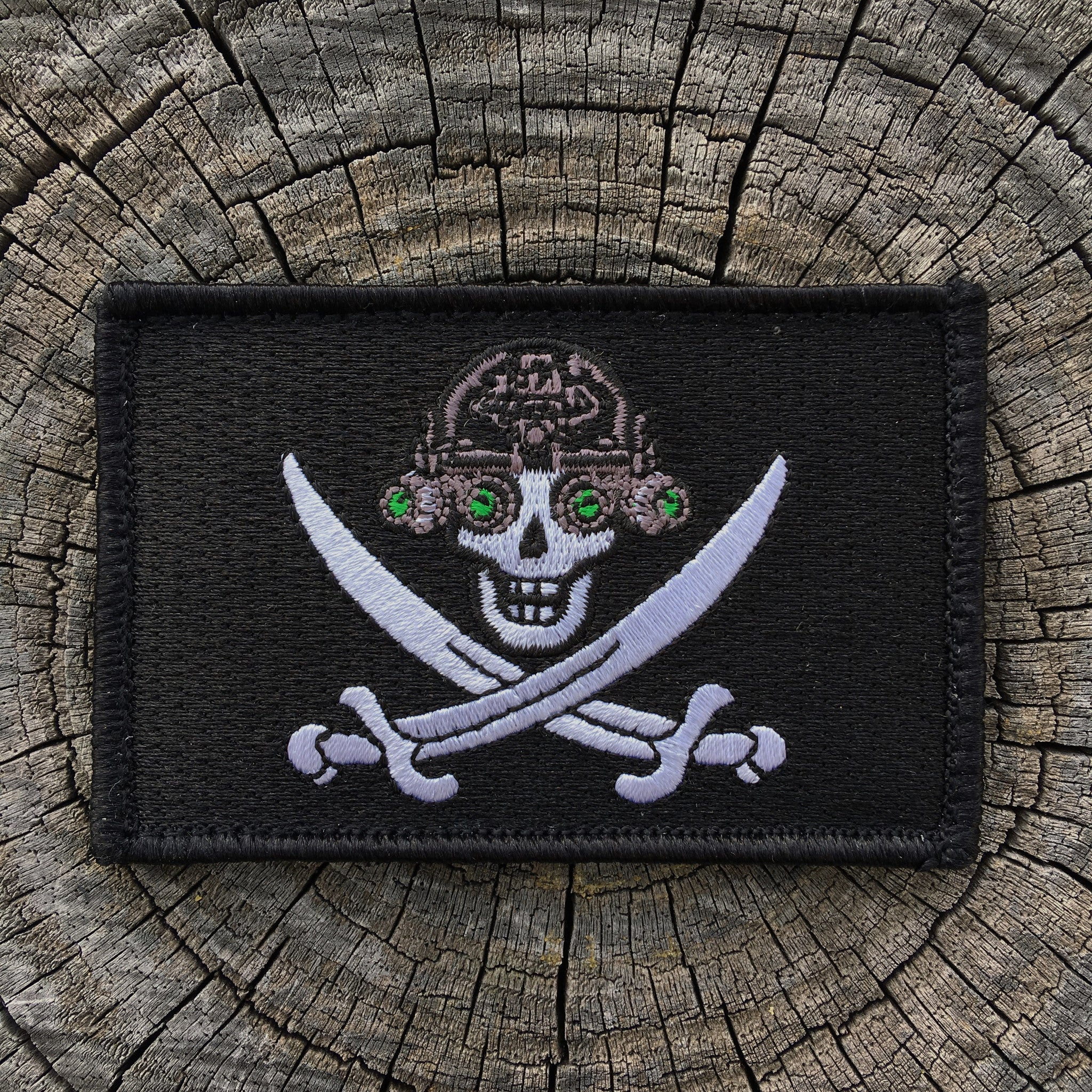 'SKULLCRUSHERS' JOLLY ROGER NVG FLAGSHIP MORALE PATCH - 3 COLOR OPTIONS