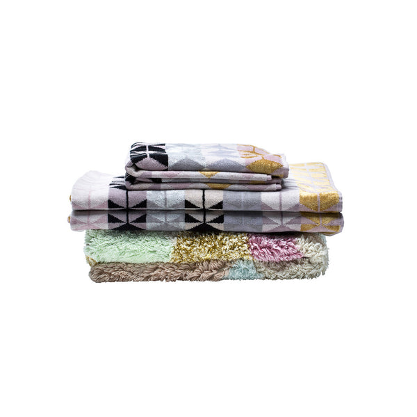 Fidelis Bath Sheet and Vesta Rug Pack