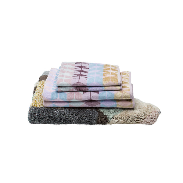 Tenera Bath Towel and Vulcan Rug Pack