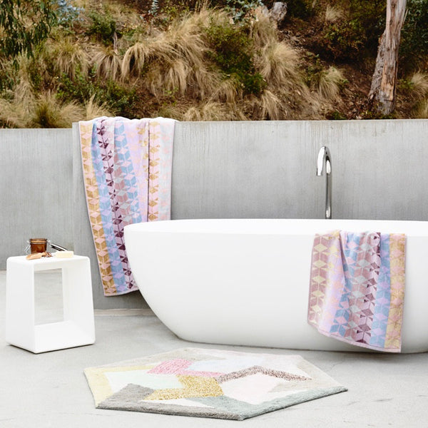 Tenera Bath Sheet and Vesta Rug Pack