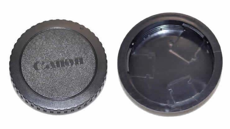 Body and Rear Lens Cap for Canon