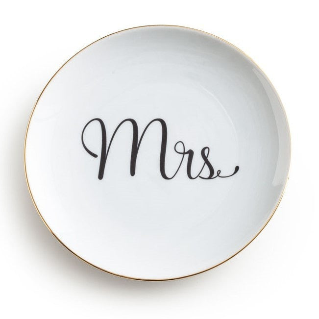 LOVE IS IN THE AIR MRS PLATE