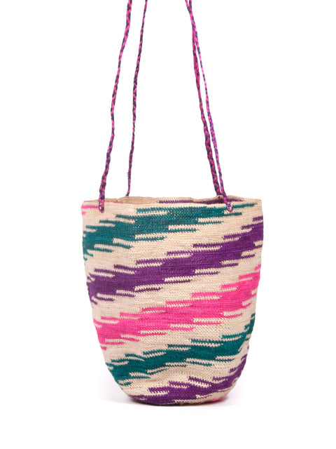 ETHICAL FASHION, CRAFTSMANSHIP, SUSTAINABLE FASHION, TRADITIONAL FASHION, ETHNIC FASHION, BOHEMIAN FASHION, MODA ETICA, MODA SOSTENIBILE, TECNICHE ARTIGIANALI, MODA TRADIZIONALE, MODA ETNICA, BOHEMIAN BAG, MADE IN COLOMBIA, HANDMADE IN Ecuador, SHIGRA, SHIGRAS, CABUYA, SHIGRA BAG, FIQUE BAG, BEACHWEAR, HANDMADE BAG, BORSA FATTA A MANO, BORSA Ecuadoriana, TOTE BAG, BORSA A SECCHIELLO, COLORFUL BAG, BORSE COLORATE, BORSE DA SPIAGGIA, BORSA ESTIVA, SUMMER BAG, BEACH BAG