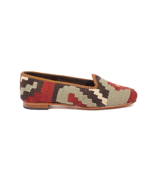 handmade in Turkey, turkish kilim slippers, kilim shoes, handmade, traditional kilim shoes, wool slippers, wool kilim, kilim carpet, handmade shoes, bohemian shoes, ETHICAL FASHION, CRAFTSMANSHIP, SUSTAINABLE FASHION, TRADITIONAL FASHION, ETHNIC FASHION, BOHEMIAN FASHION, traditional fabric, carpet shoes, scarpe di kilim turche, scarpe di kilim tradizionali, kilim antico, scarpe turche, fatte a mano, scarpe di lana, tessuti tradizionali, MODA ETICA,