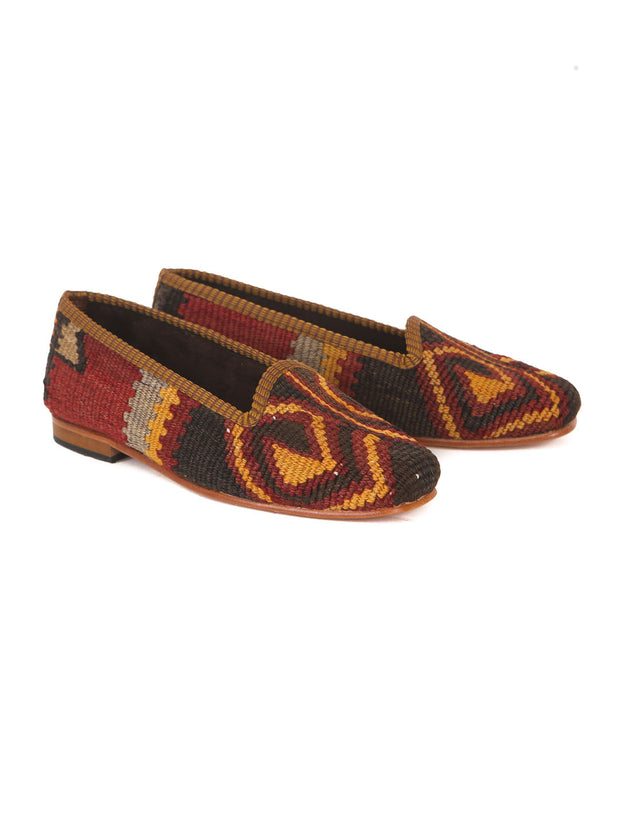handmade in Turkey, turkish kilim slippers, kilim shoes, handmade, traditional kilim shoes, wool slippers, wool kilim,scarpe di kilim turche, scarpe di kilim tradizionali, kilim antico, scarpe turche, fatte a mano