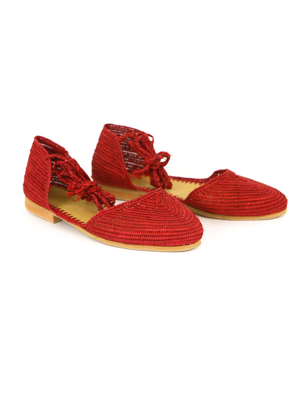 Ethical fashion, craftsmanship, sustainable fashion, traditional fashion, ethnic fashion, moda etica, moda sostenibile, tecniche artigianali, moda tradizionale, moda etnica, fatto a mano, handmade, raffia shoes, scarpe di raffia, flat shoes, flat sandals, scarpe piatte, natural shoes, scarpe naturali, bohemian shoes, boho shoes, scarpe bohemie, scarpe boho, moda marocchina, moroccan fashion, moroccan shoes, moroccan raffia shoes.