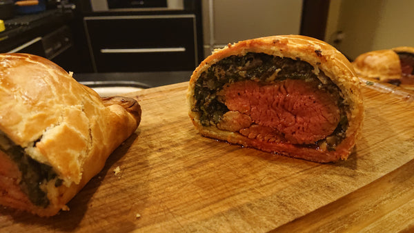 26. Christmas Beef Wellington with Mushroom & Spinach 700g