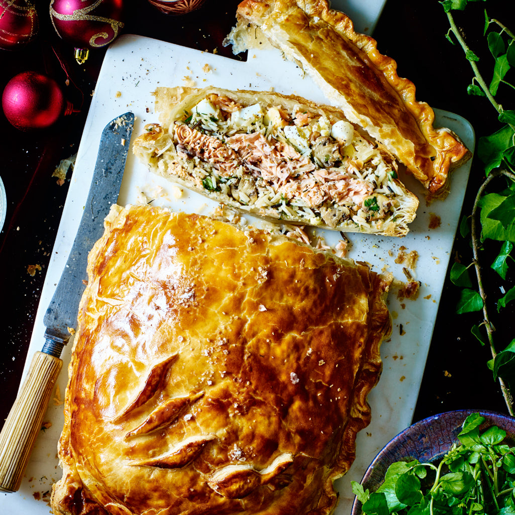 25. Salmon Coulibiac with Creamed Spinach 700g