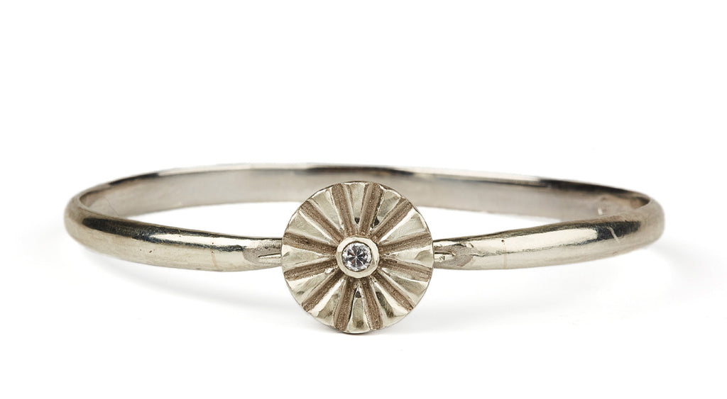 Anima Flower Bangle 15mm