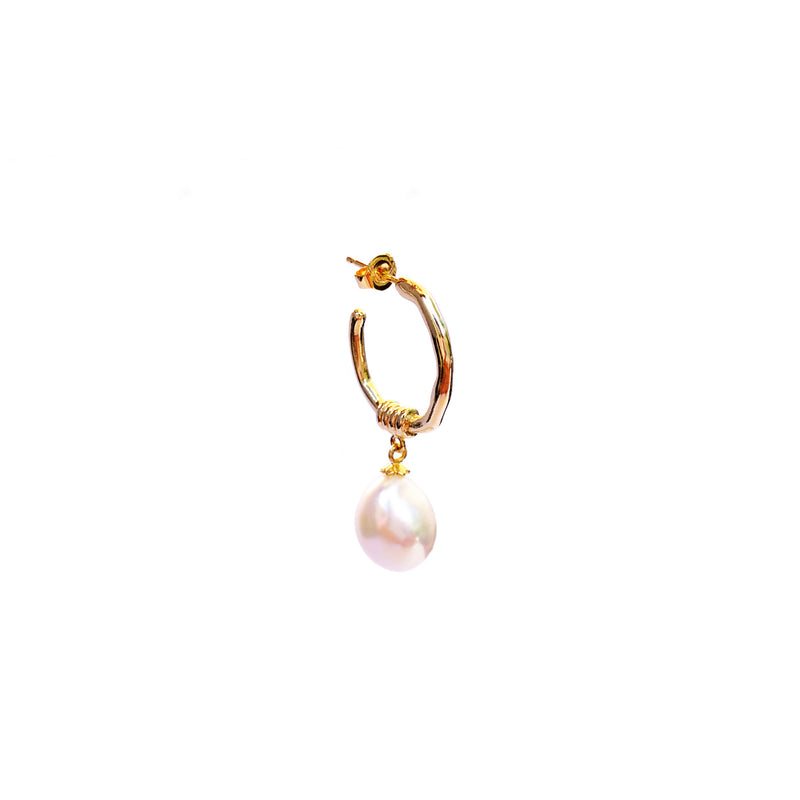 Bella White Pearl Earring - Gold