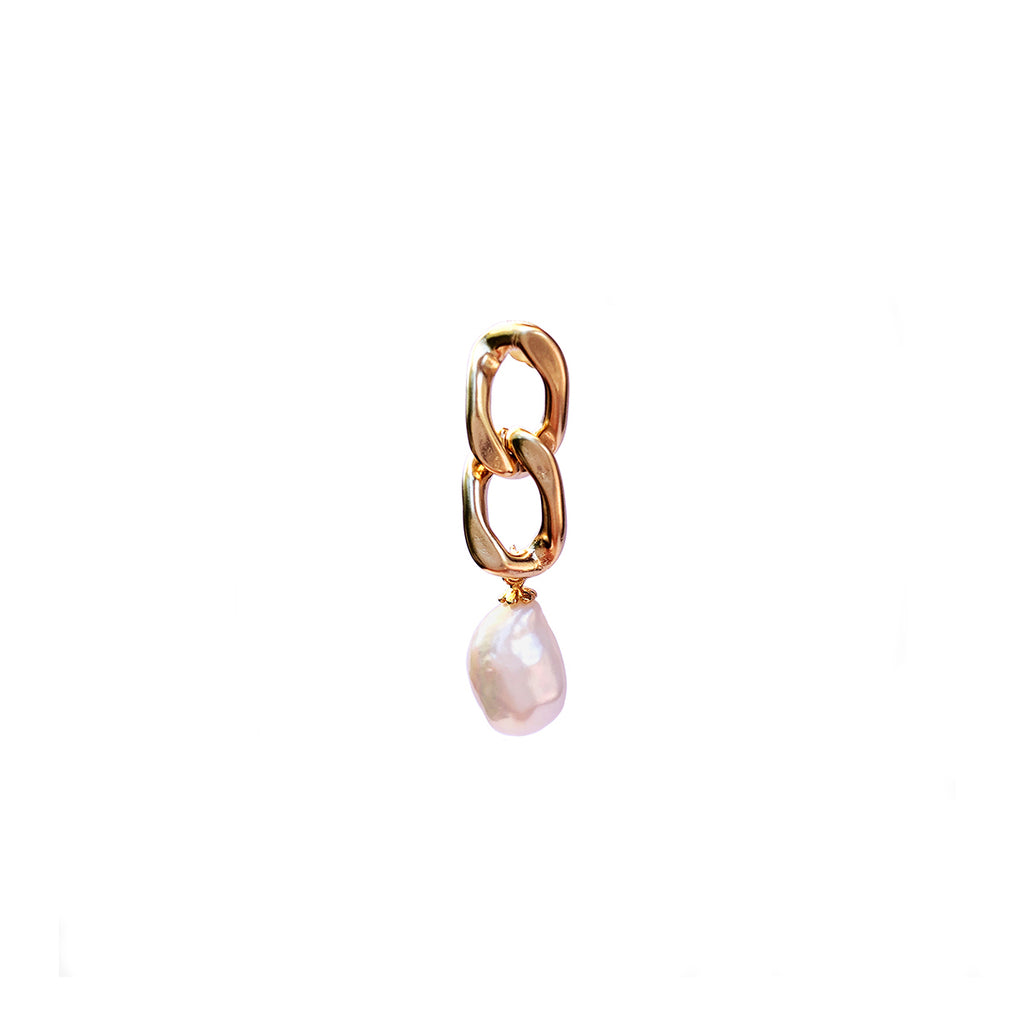 Saga Earring With Baroque Pearl  - Gold