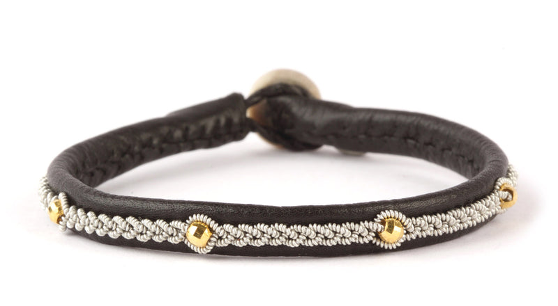 Victoria Facet Gold Beads Black
