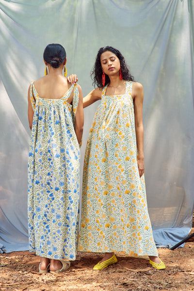 Aaiza Dress White + Blue Flower
