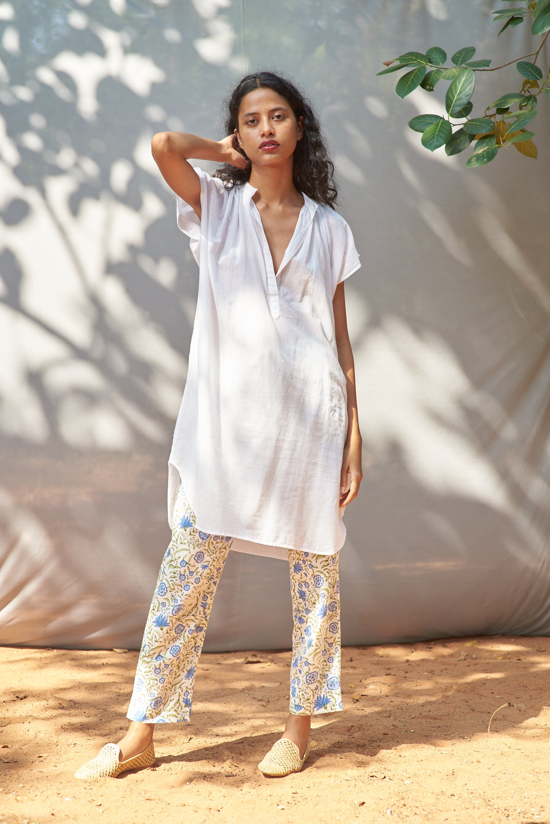 Shama Pant - White + Blue Flower