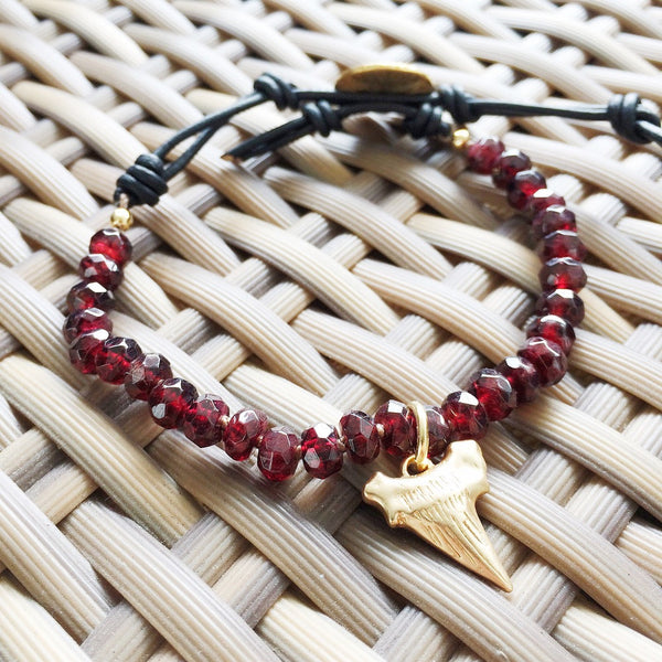 ⭐ Garnet Sharktooth Singles