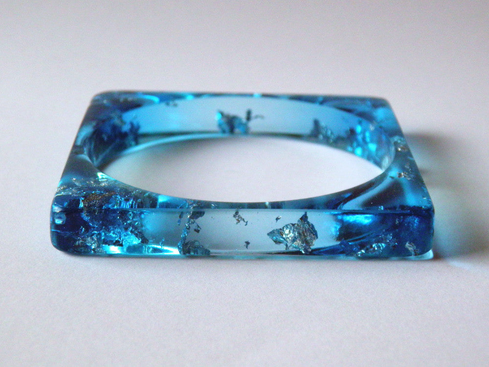SAMPLE SALE: Bright Blue Resin Bangle