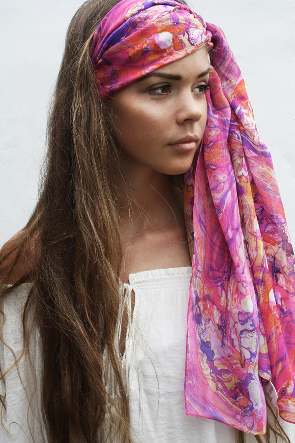 SURFACE DISPERSION SKINNY SILK SCARF