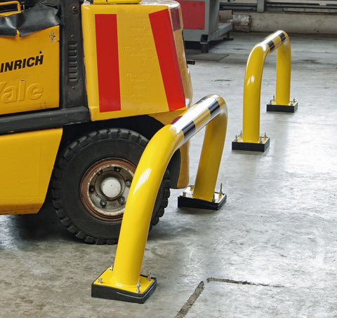 shock absorbing barrier 39cm high in use